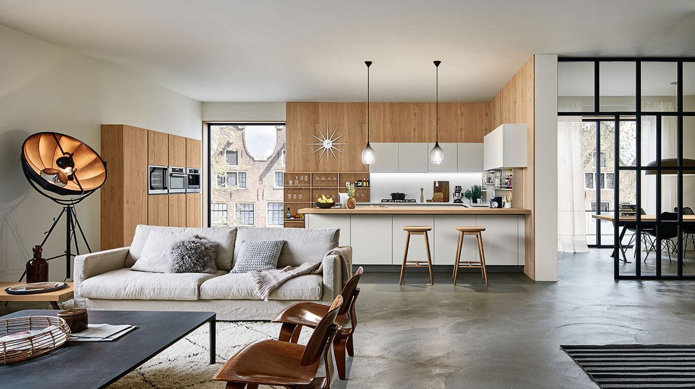 Μοντέρνα επιπλα κουζινας απο την Veneta Cucine-Veneta Avant μοντέλο RI-FLEX